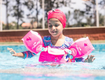 Swimming and Child development - From 12 to 24 months