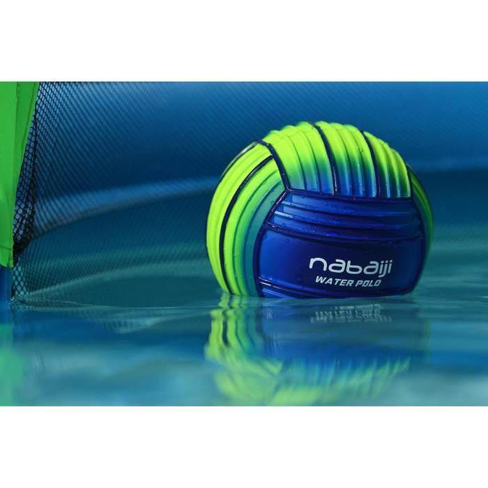 Pelota grande azul verde para piscina