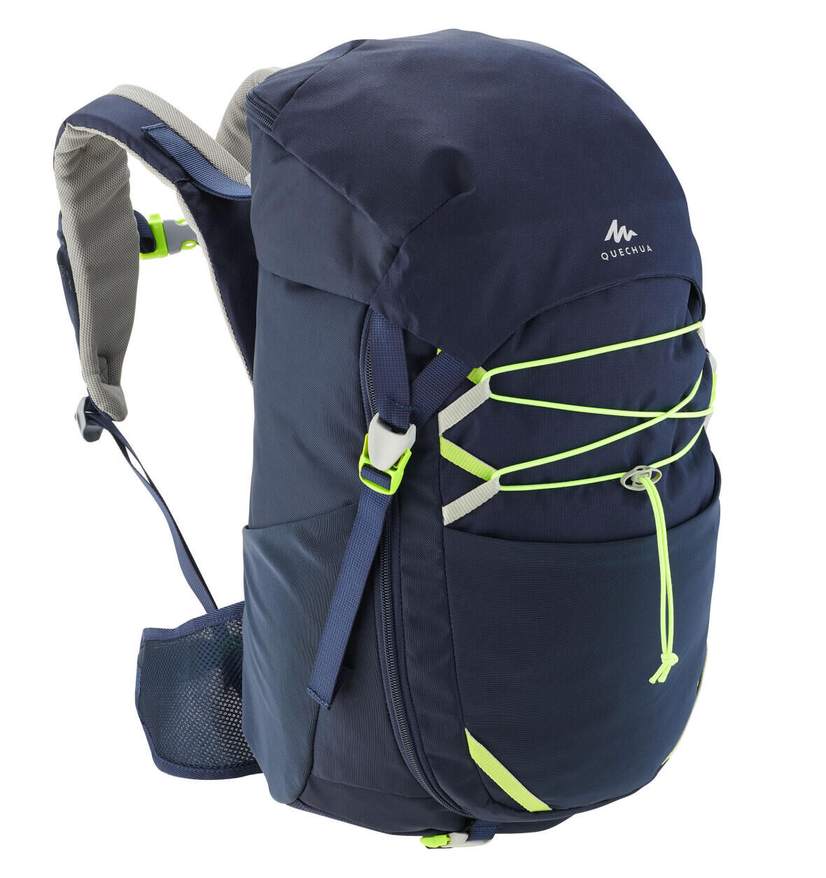 WHAT TO TAKE IN YOUR BACKPACK WHEN GOING HIKING WITH YOUR PRE-TEEN?