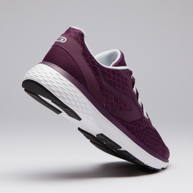 รองเท้าวิ่งสำหรับผู้หญิงรุ่น RUN SUPPORT (สีม่วงแดง)