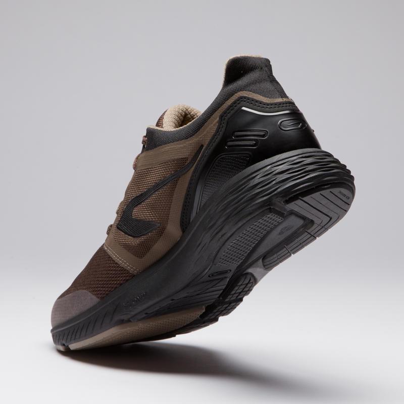 รองเท้าวิ่งสำหรับผู้ชายรุ่น Run Comfort (สีน้ำตาล)