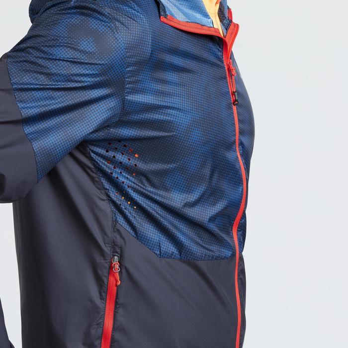 Veste coupe vent de randonnée rapide Homme FH500 Helium wind Bleu rouge