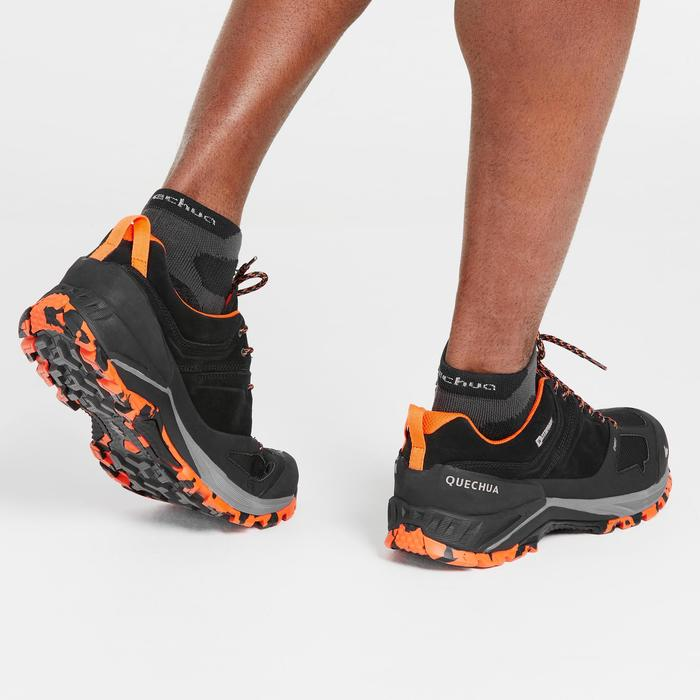 Men's waterproof mountain walking shoes MH500 - Black