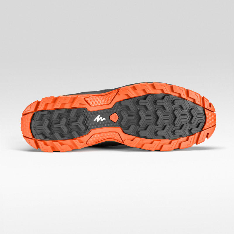 Bototos de senderismo en montaña hombre MH100 Mid impermeable Gris Naranja