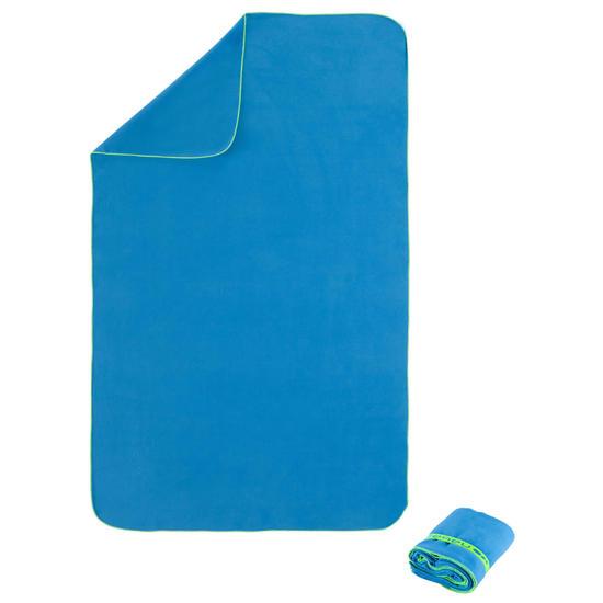 Zeer compacte microvezel handdoek cinablauw maat L 80 x 130 cm - 156970