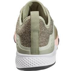 chaussure de marche sportive stabilité