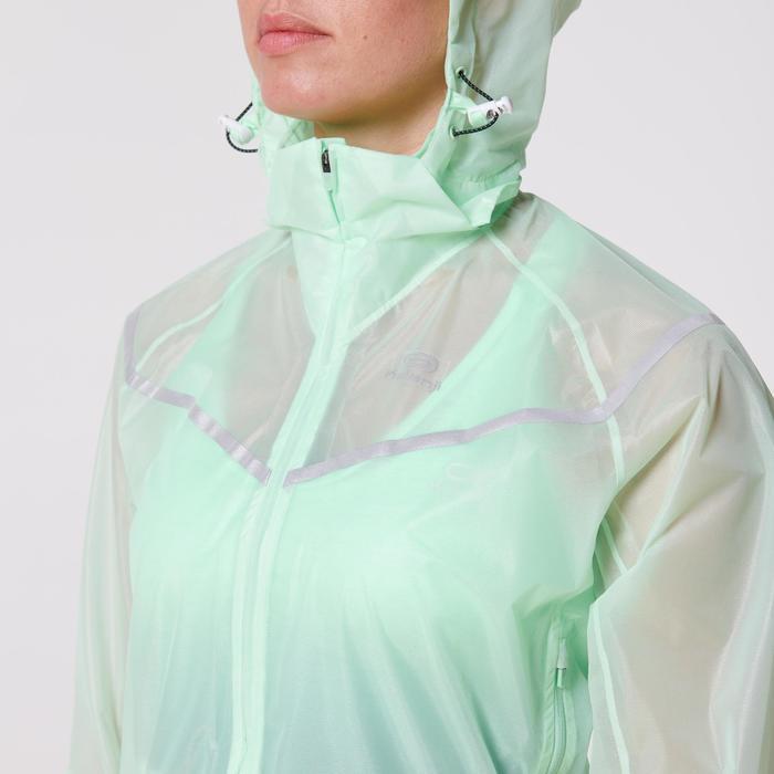 Hardloopjack regen voor dames Kiprun Light lichtgroen
