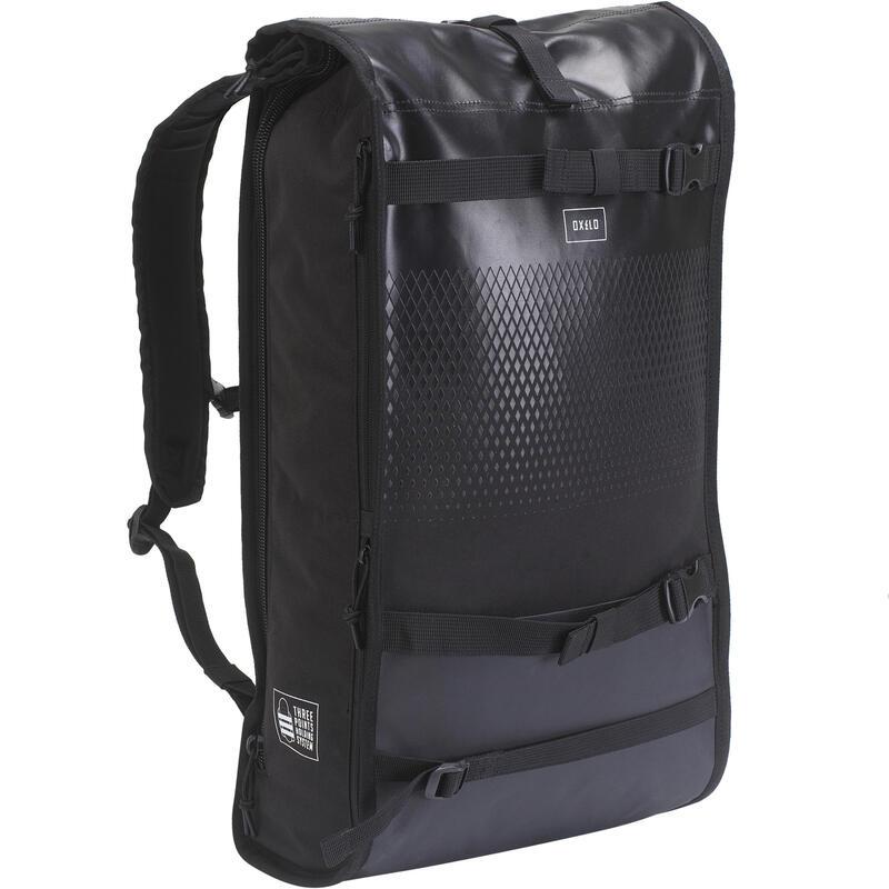 Skateboarding Backpack BG500 Rolltop 25L - Black