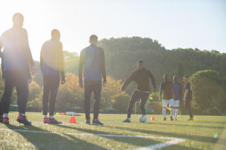 reprise et renforcement musculaire au football: tonprogramme sur mesure