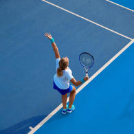 tennis-les-differents-lancers-de-balle-au-service
