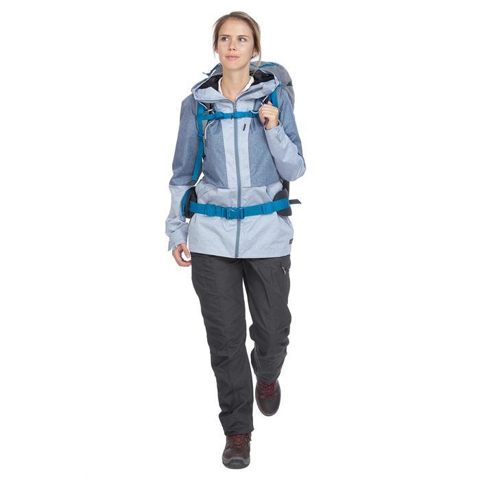 Pantalon trekking TRAVEL100 femme gris foncé