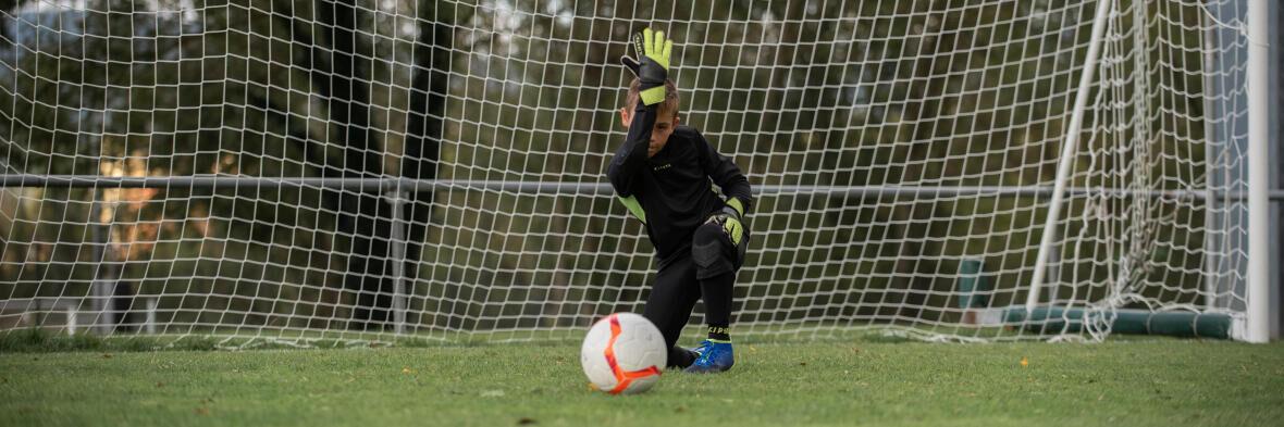 Mon enfant veut devenir gardien de but, comment l'accompagner ?