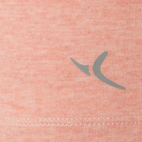 Жіноча футболка 500 для легкої гімнастики/ пілатесу, вузький крій - Рожева