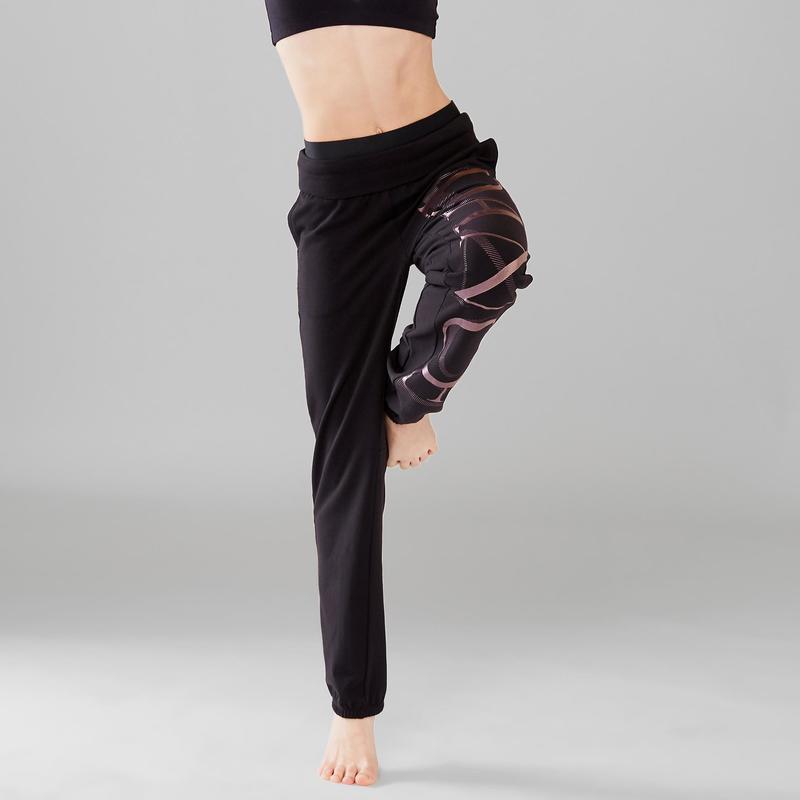 a6f63bcf510 Dívčí taneční kalhoty s gumou v pase a na lemu nohavic černé ...