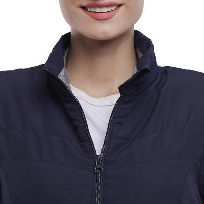 מעיל מרופד לטיולים בטבע לנשים NH100 - כחול צי