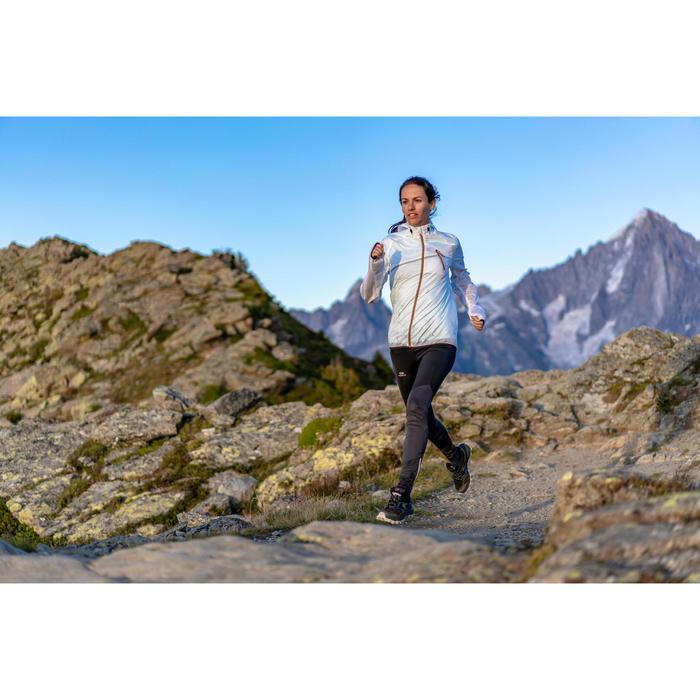 Mallas largas de trail running para mujer negras y grises con flores
