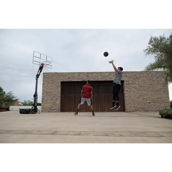 B900 Kids'/Adult Basketball Hoop 2.4m to 3.05m. Set up and stored in 2 minutes.