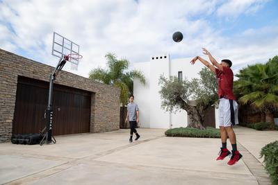 חישוק כדורסל B900 לילדים/מבוגרים 2.4-3.05 מ'. מורכב ומתפרק ב - 2 דקות.