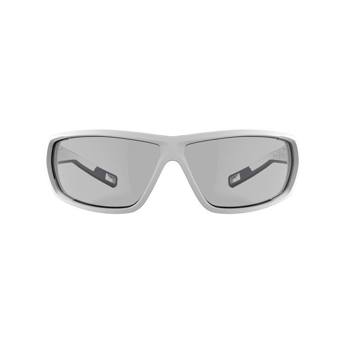 Gafas de sol de senderismo adulto MH570 blanco fotocromáticas CAT. 2 => CAT. 4