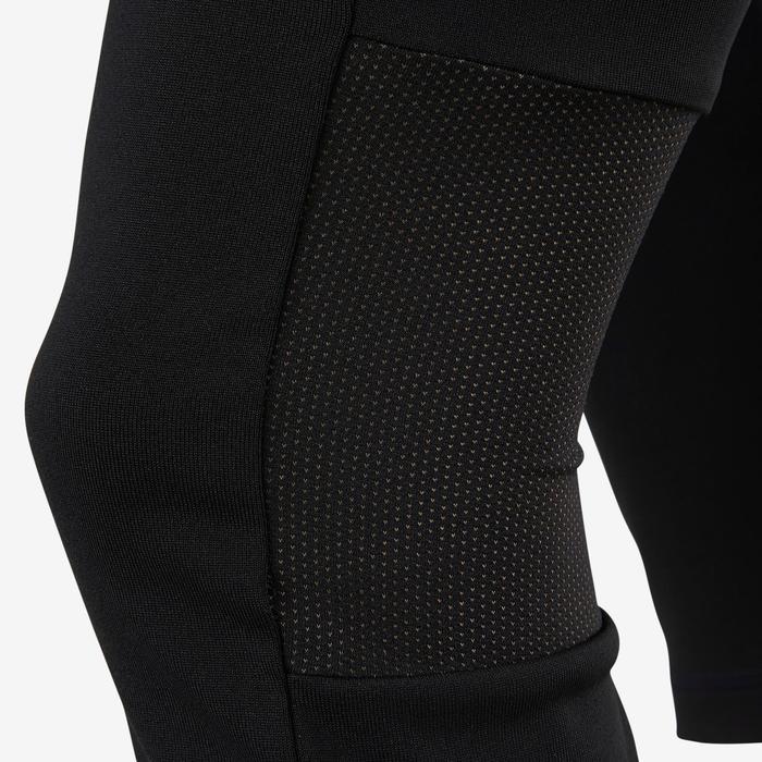 ada91fbb3f331 Corsaire fille noir avec logo adidas sur la jambe et une poche pour les clés