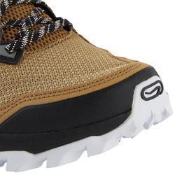 XT7 trail running shoes men's sand white