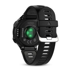 Montre GPS multisports avec cardio poignet FORERUNNER 735 XT noire