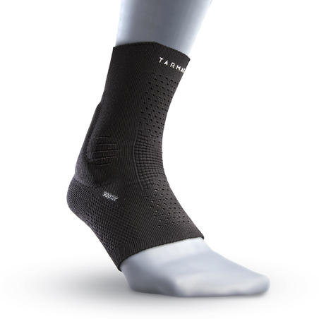 Soft 900 Left/Right Proprioceptive Ankle Support Blacks
