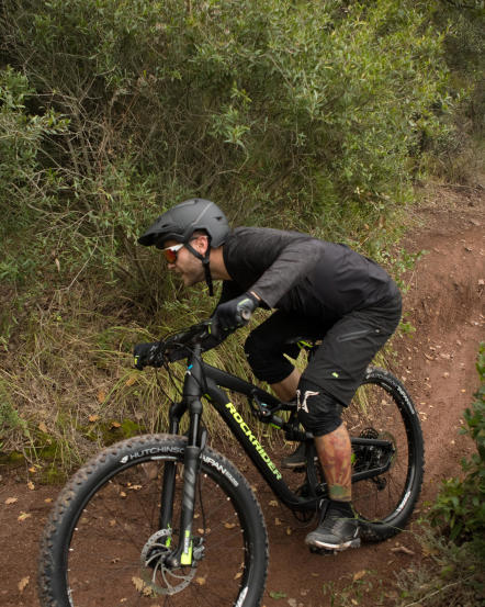 Suspension_VTT_AllMountain_Rockrider.jpg