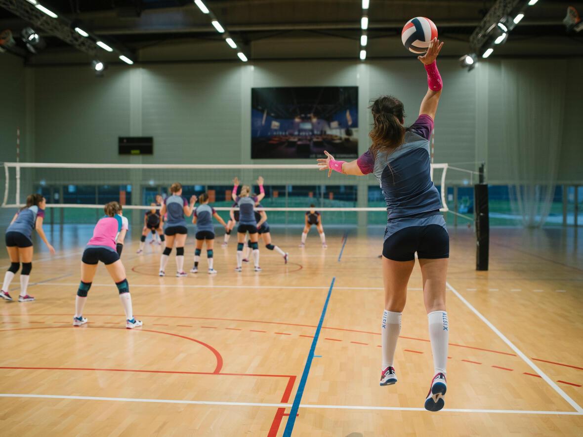 allsix-volleyball-jump