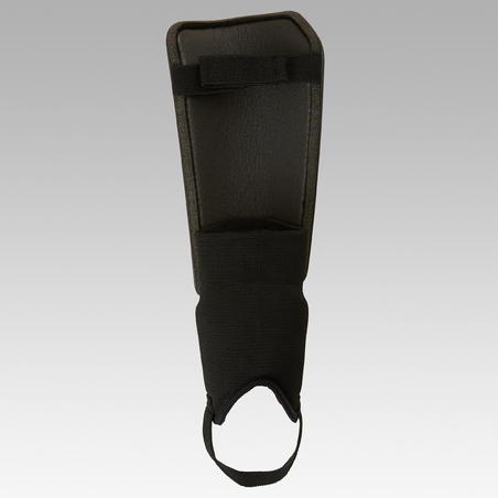 F140 Adult Football Shin Pads - Black