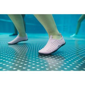 Escarpines para aquagym, aquabike y aquafitness Aquadots rosa gris