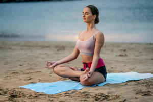 Retrouvez nos conseils pour vous aider à choisir votre tenue de yoga doux
