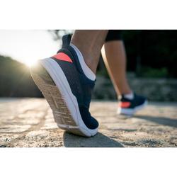 Damessneakers voor sportief wandelen PW160 slip-on marineblauw