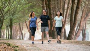 Pourquoi marcher à plusieurs est une excellente idée ?