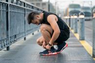 Bien lacer vos chaussures de marche sportive
