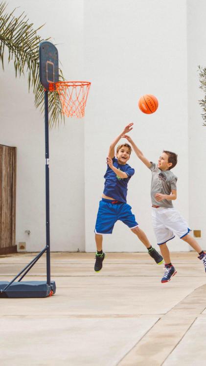 basket-fait-grandir-croissance-garçon-junior