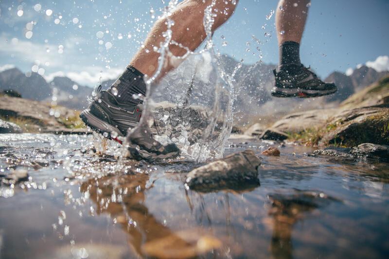 Zapatillas de senderismo montaña hombre MH100 impermeables gris