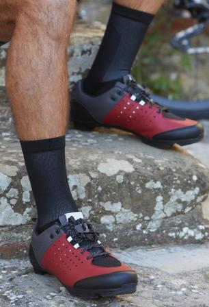 commencer le velo de route - les chaussures