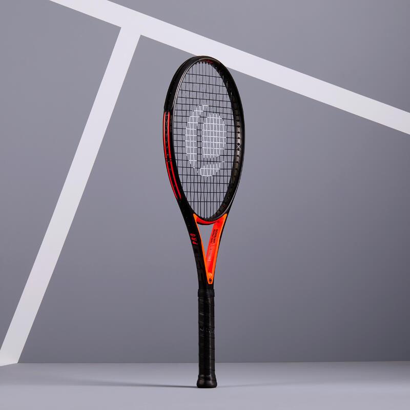 แร็คเกตเทนนิสสำหรับผู้ใหญ่รุ่น TR990 Pro (สีดำ/แดง)