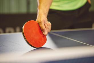 comment-choisir-une-raquette-de-tennis-de-table