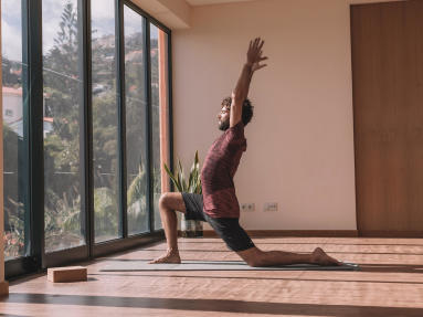 iyengar_yoga_ap