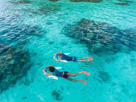 SNK 100 Atasan Snorkeling 1,5mm Pria biru gelap