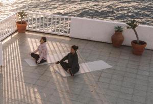 teaser_yoga_restorative