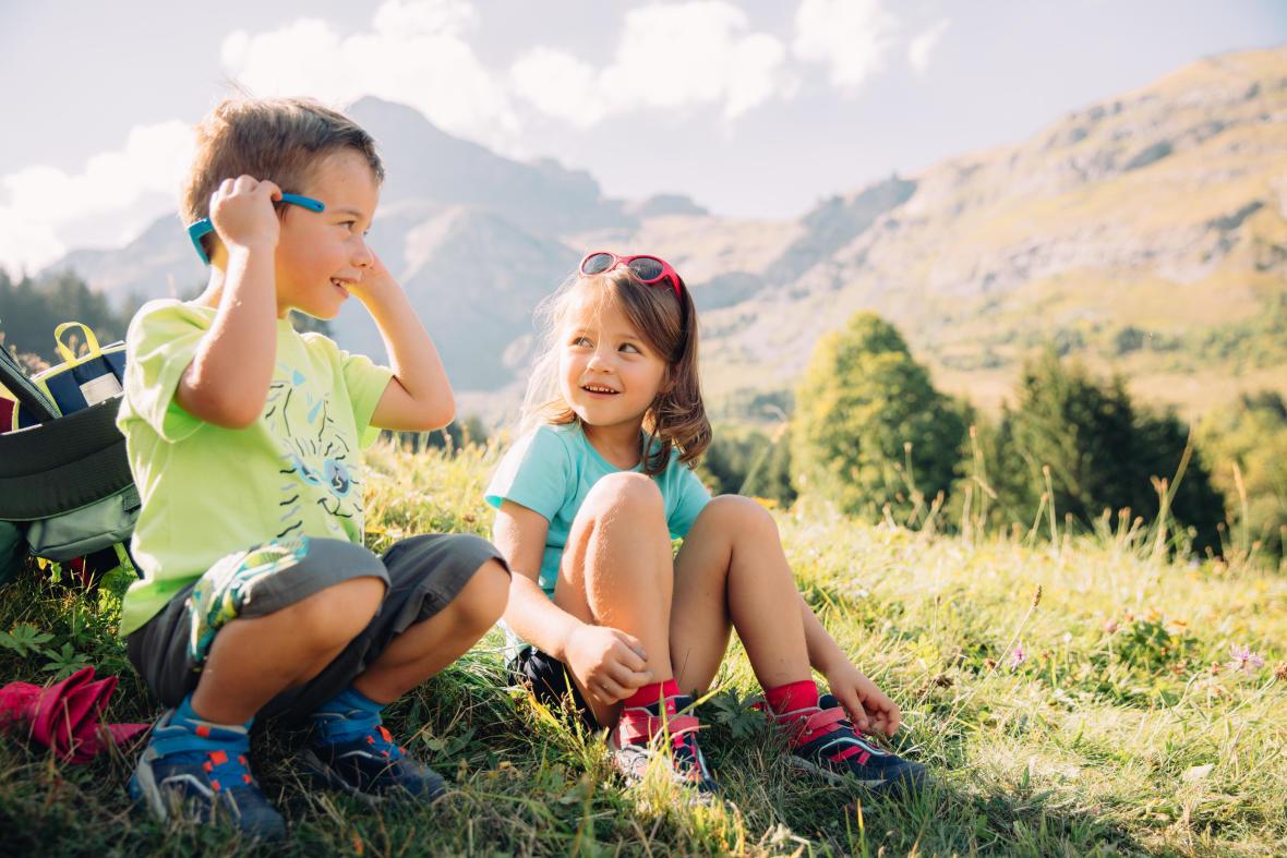 走進大自然和孩子健行