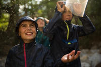 Veste imperméable enfant de randonnée MH100 bleue marine
