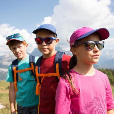 Choisir des lunettes de soleil pour mon enfant