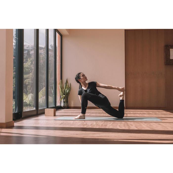 Technische yogalegging met geperforeerde motieven zwart
