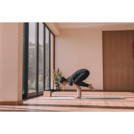 studio dynamic yoga mat 3mm  green  domyosdecathlon