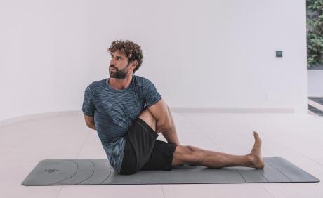 yoga hanches