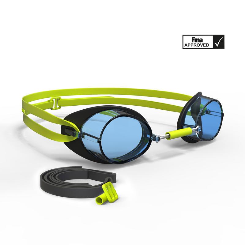 แว่นตาว่ายน้ำรุ่น Swedish 900 (สีดำ/เหลือง เลนส์ใส)